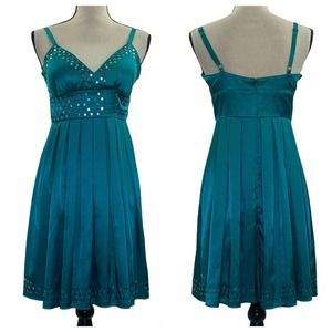 Forever 21 Teal Sleeveless Sequin Pleated Dress M